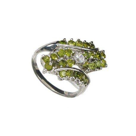 Sortija-Anillo de oro blanco en colores cristal, verde. Con circonitas