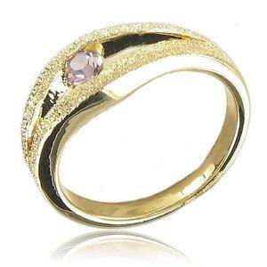 Sortija-Anillo de oro en color rosa. Con cristales