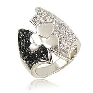 Sortija-Anillo de oro blanco en colores negro, cristal. Con circonitas