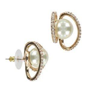 Pendientes de oro en color cristal. Cortos. Con perlas, cristales
