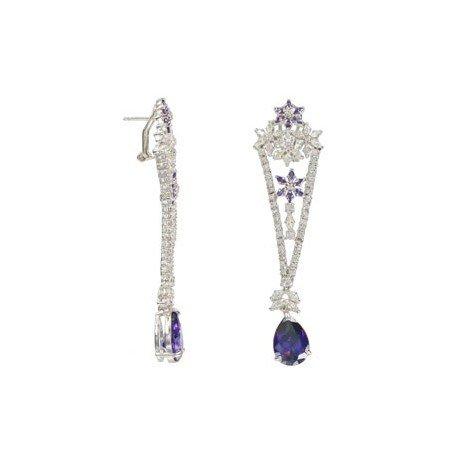 Pendientes de oro blanco en colores violeta, cristal, azul. Largos