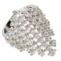 Sortija-Anillo de oro blanco en color cristal. Con circonitas